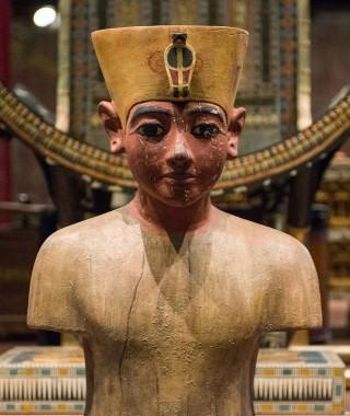 Tutankhamen boy