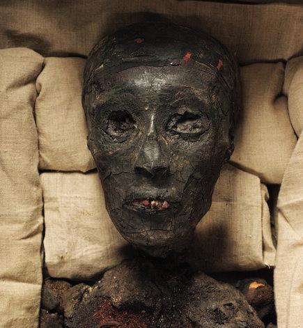 Tutankhamen mummy